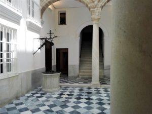 Casa Pinillos, Cádiz, Pinillos, pozo
