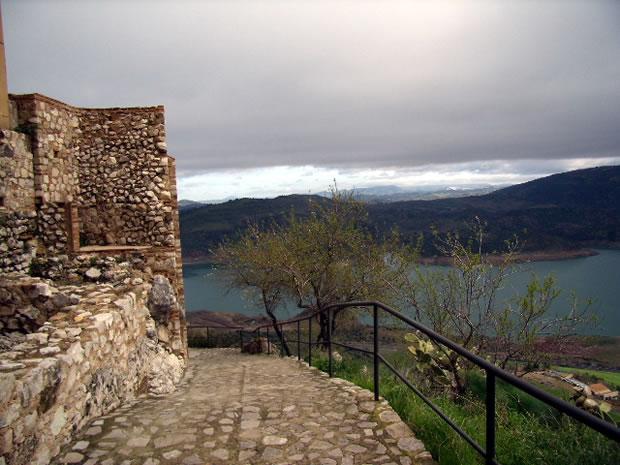 Castillo de Zahara de la Sierra FOTO Andalucia Rústica